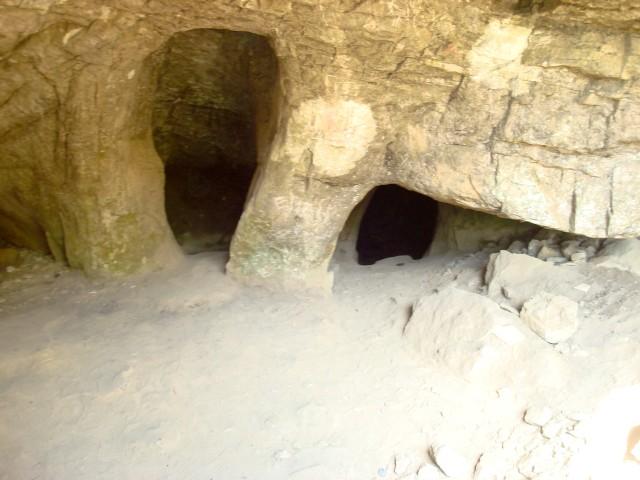 Сикияз-Тамакский пещерный град