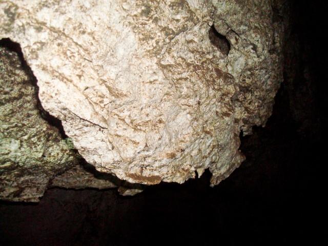 Карламанская пещера