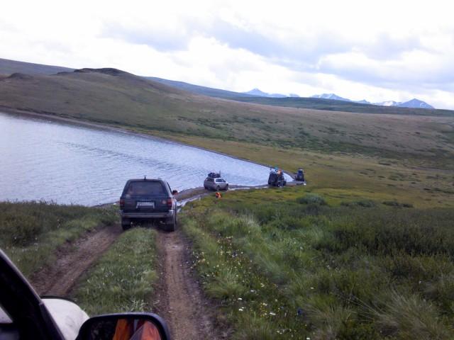 Вдоль озера Хиндиктиг-Холь
