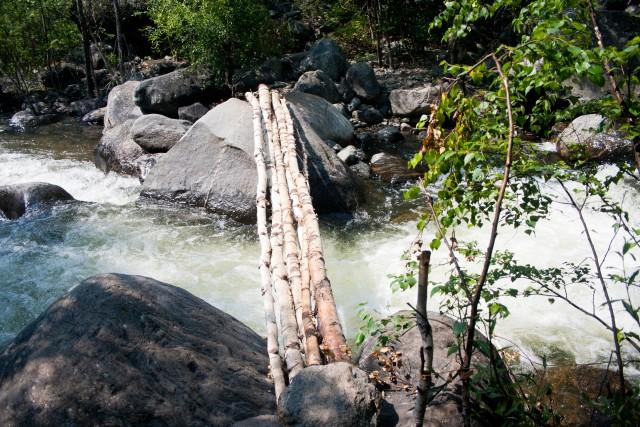 К водопаду Учар