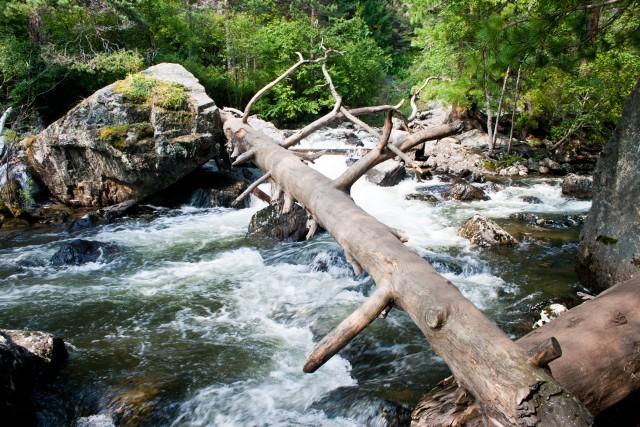 Около водопада Учар