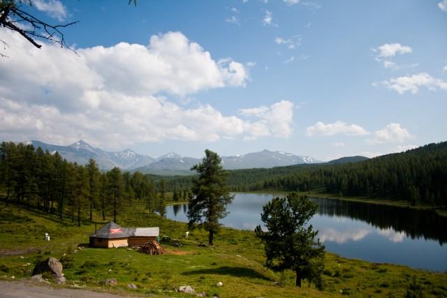 Озеро Сарыачик
