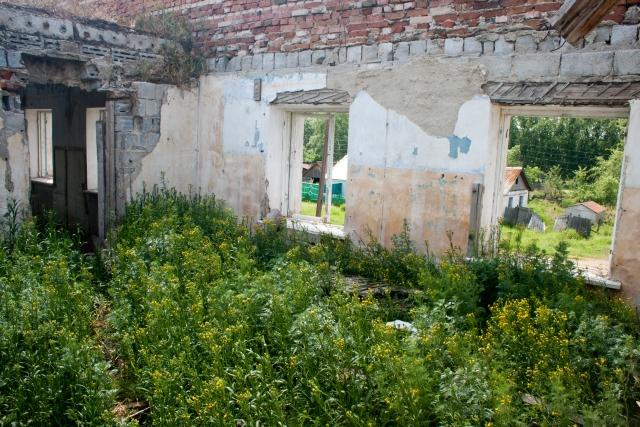 Карагайский заброшенное здание
