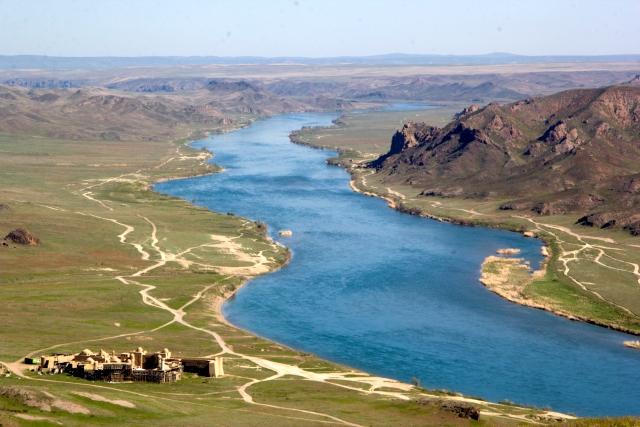 Река Или и Крепость Кочевника