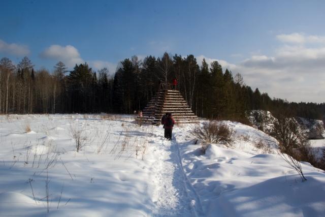 Пирамида в Оленьих ручьях